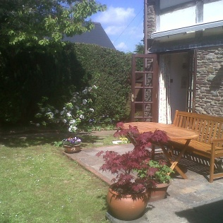 South facing secluded garden